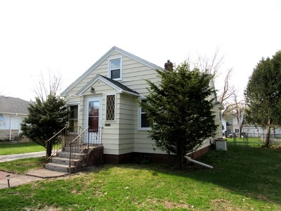 Merrill Single Family Home Active - With Offer: 1007 E 7th Street