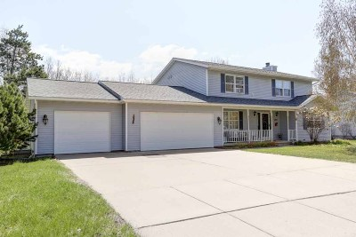Wausau WI Single Family Home Active - With Offer: $279,900
