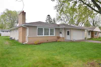 Wausau WI Single Family Home For Sale: $154,900