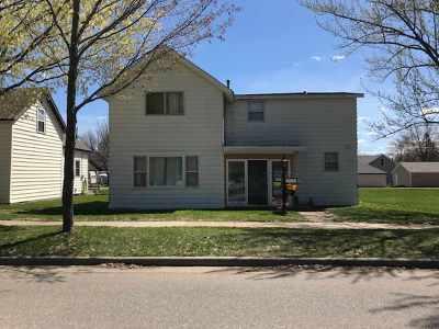Merrill Single Family Home For Sale: 205 N Thomas Street