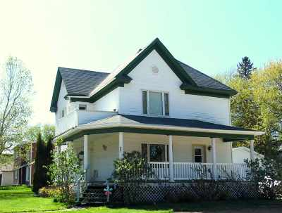 Abbotsford Single Family Home For Sale: 401 N 2nd Street