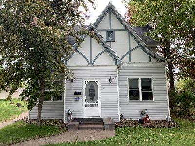 Merrill Single Family Home For Sale: 304 N Park Street