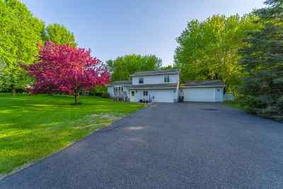 Wausau Single Family Home Active - With Offer: 4505 Blackberry Drive