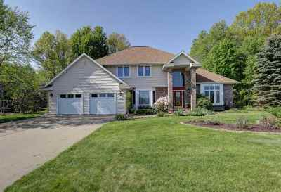 Mosinee Single Family Home Active - With Offer: 809 Stone Ridge Drive