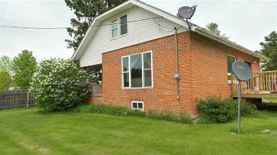 Medford WI Single Family Home For Sale: $86,800
