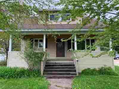 Junction City Multi Family Home For Sale: 1024 Main Street