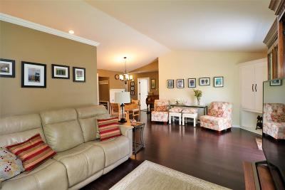 Weston Single Family Home Active - With Offer: 2402 Country Creek Lane
