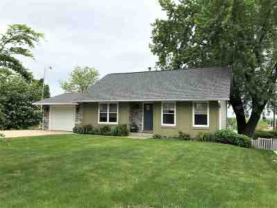 Wausau WI Single Family Home Active - With Offer: $145,900