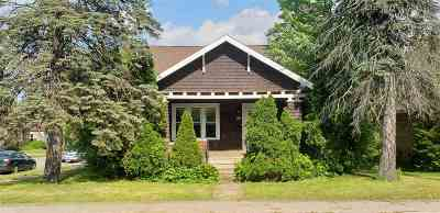 Stevens Point  Single Family Home Active - With Offer: 601 Second Street