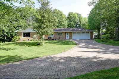 Wausau WI Single Family Home For Sale: $214,900
