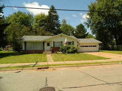 Wausau Single Family Home For Sale: 1328 N 3rd Avenue