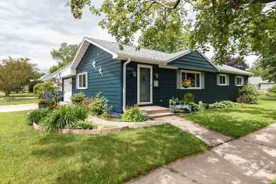 Wausau Single Family Home Active - With Offer: 2514 Pied Piper Lane