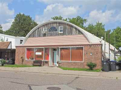 Medford Commercial For Sale: 105 E Broadway Avenue