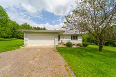 Wausau WI Single Family Home For Sale: $159,000
