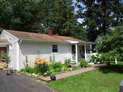 Wausau WI Single Family Home Active - With Offer: $94,900