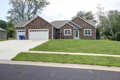 Wausau WI Single Family Home For Sale: $389,900