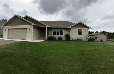 Wausau WI Single Family Home For Sale: $265,000