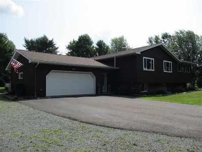 Gilman Single Family Home For Sale: 640 W Walnut Street