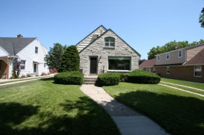 Single Family Home Sold: 3222 S 37th St