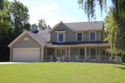 Single Family Home Sold: 11703 W Woods Rd