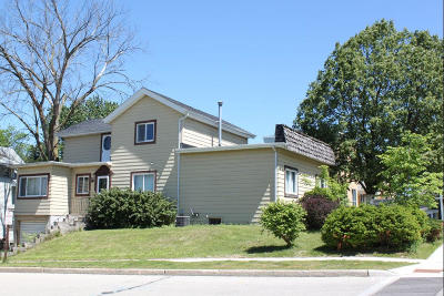 Oconomowoc WI Commercial For Sale: $144,900