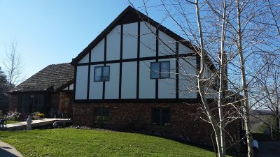 West Bend Single Family Home For Sale: 7165 Town Line Rd