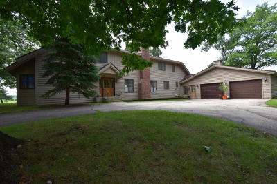 Pleasant Prairie Single Family Home For Sale: 11400 47th Ave