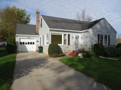Single Family Home Sold: 313 Shirley St
