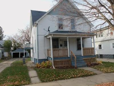 Milwaukee Single Family Home For Sale: 211 N 60th St