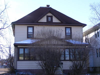 Racine County Single Family Home For Sale: 225 N Dodge St