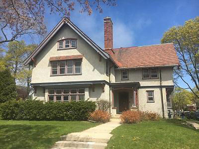 Milwaukee Single Family Home For Sale: 2928 E Kenwood Blvd