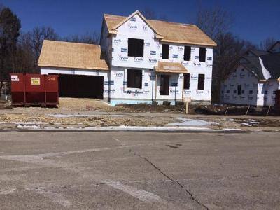 Jackson WI Single Family Home For Sale: $334,900