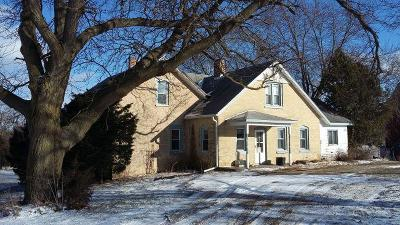 Fort Atkinson WI Single Family Home For Sale: $499,000