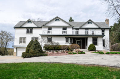West Bend Single Family Home For Sale: 3830 Beaver Dam Rd