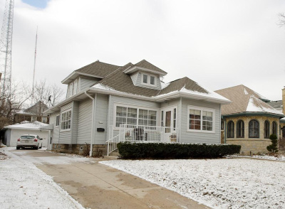 Shorewood Single Family Home Active Contingent With Offer: 4113 N Morris Blvd