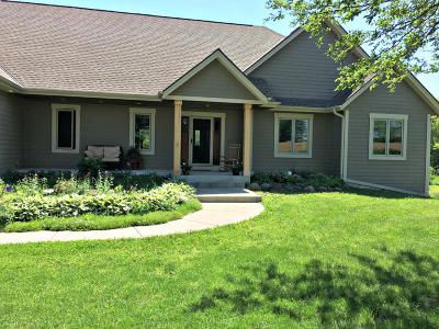 Jefferson County Single Family Home For Sale: N6395 County Road E