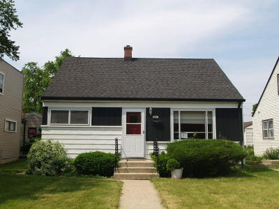 Milwaukee Single Family Home Active Contingent With Offer: 3841 N 70th St