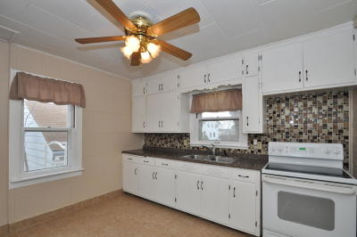 Milwaukee Single Family Home For Sale: 4825 N 104th St