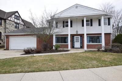 Whitefish Bay Single Family Home For Sale: 5163 N Lake Dr