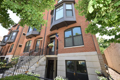 Milwaukee Condo/Townhouse For Sale: 921 E Pearson St #A