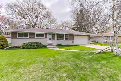 Single Family Home Sold: 5354 S 114th St