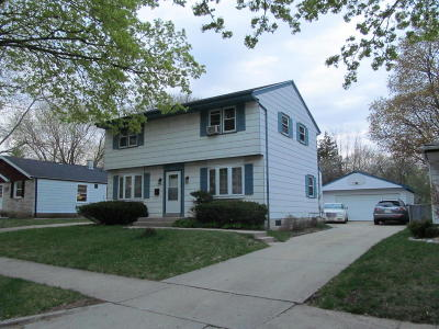 Milwaukee Single Family Home For Sale: 6306 W Boehlke Ave