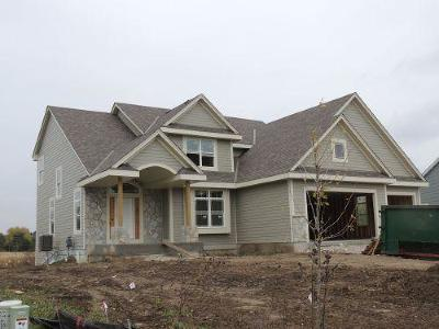 Waukesha County Single Family Home Active Contingent With Offer: S77w14434 Independence Ct