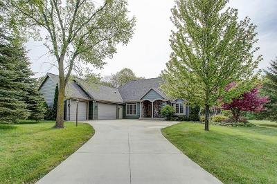 West Bend Single Family Home For Sale: 4672 Pleasant Heights Pl