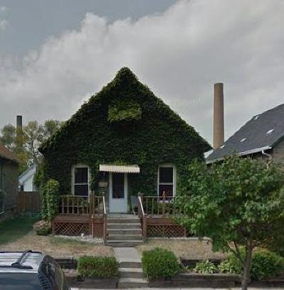 Racine County Single Family Home For Sale: 1440 Summit Ave