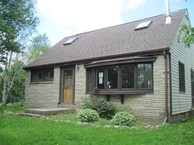 South Milwaukee Single Family Home For Sale: 2800 17th Ave