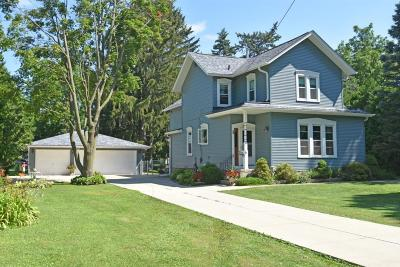 Whitewater Single Family Home Active Contingent With Offer: 930 W Walworth Ave