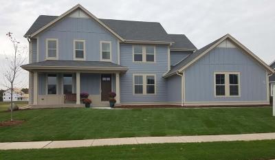 Ozaukee County Single Family Home For Sale: W78n375 Prairie View Rd