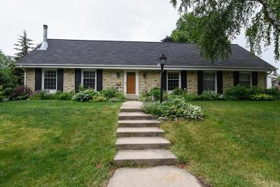 Cedarburg Single Family Home Active Contingent With Offer: W52n759 Windsor Dr