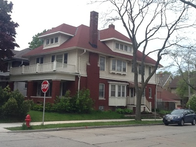 Milwaukee Multi Family Home Active Contingent With Offer: 2975 N Downer Ave #2977